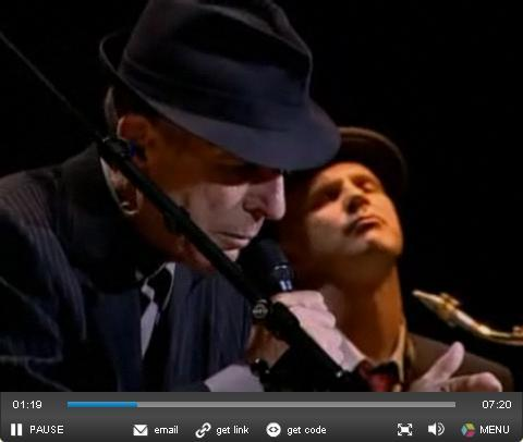 Leonard Cohen Sings Hallelujah